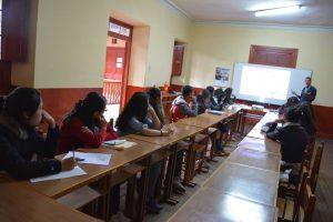 YoungCaritas Huancayoen las sesiones de formación para agentes de cambio.